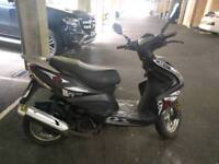 Znen 125T-22 scooter 125cc