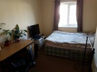 Massive Double Bedroom in Horfield, Gloucester Road. Smoke free and friendly environment!