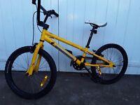 DIAMONDBACK BMX boys bike
