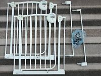 Mamas & Papas deluxe Safety Gate