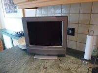 """Sony 15"""" flatscreen TV Freeview - Perfect for KItchen, Bedroom etc"""