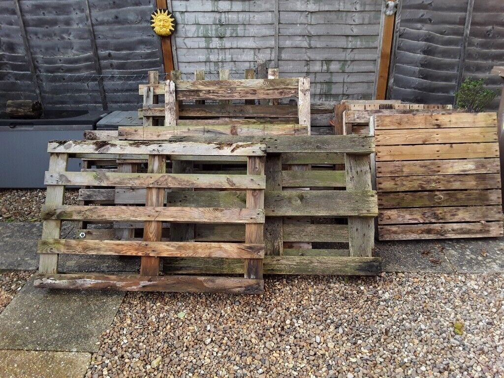 Wooden pallets for free - collection Branston   in ...