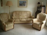 Gigli Italian real leather 3 piece suite, very good condition