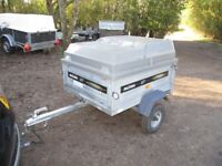 DAXARA 127 TILTBED / DROPTAIL GOODS TRAILER WITH PLASTIC HARD-TOP....