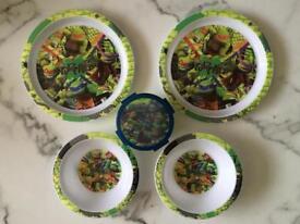Teenage Mutant Ninja Turtles Plates & Bowls Set.