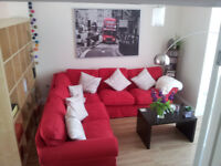 Stunning Single Room to rent in frendly houseshare