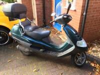 2000 Piaggio Hexagon 125cc courier moped maxi scooter! Low mileage long MOT