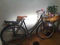 Specialized Women's Globe Daily 1 Step Through Bike