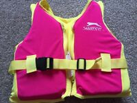 Girls swim vest age 2-3