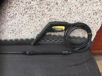 Power washer hose and gun