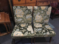 Chic Pair of Vintage Retro Mid Century Cocktail Lounge Bedroom Armchairs