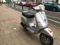 PIAGGIO VESPA Lx 125cc silver 2007 excellent runner bargain 600 quid no offer!!!