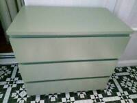 REDUCED FOR QUICK SALE LARGE CHEST OF DRAWER
