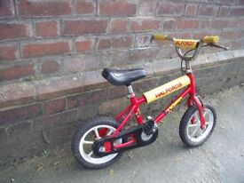 Boys Halfords 12'' bike