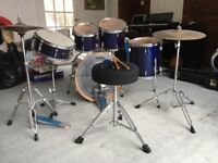 Yamaha Rydeen 22 inch Drumkit, Royal Blue with stool and 2 x Planet Z cymbals with stands,