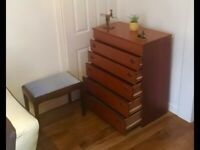 CHEST OF DRAWERS DRESSER WITH LED LIGHTS & MIRROR