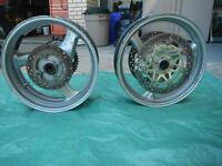 1999 - 2000 Hondar CBR600 F4 parts, rims, engine, track bodywork