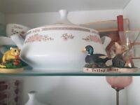 Crown ming china set