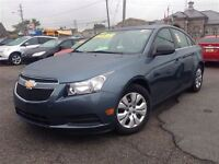 2012 Chevrolet Cruze LS GREAT KMS! AUTO