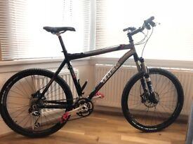 "TREK 8500 21,5"" mountain bike"