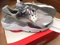 Air huarache metallic silver