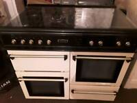 Cream leisure duel fuel range cooker in excellent condition and working order £400