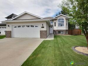 $459,900 - Split Level for sale in Stony Plain
