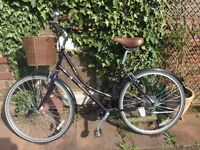 Ladies town bike for sale. Dawes Duchess 'heritage range'