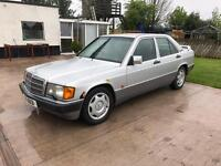 Wanted Mercedes 190 wings