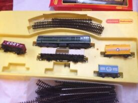 hornby triang carriages and track 50.00 d 5572 lots of track