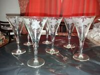 Set of 7 wine glasses - frosted flower pattern