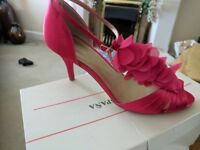 Monsoon cerise pink ladies strappy sandals Size 6