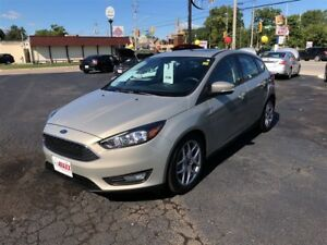 2015 Ford Focus SE- NAVIGATION SYSTEM, SUNROOF, HEATED FRONT SEA