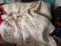 POPPY PADDED QUILT/THROW