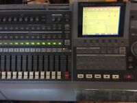 Amazing Roland VS 1680, 16 track Hard disk recorder in perfect working condition