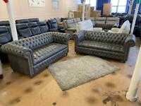 Full buttoned Chesterfield sofas