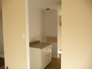 BEAUTIFUL 2 BR APARTMENT AVAILABLE IN DARTMOUTH