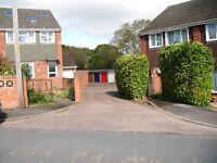 Single garage to rent