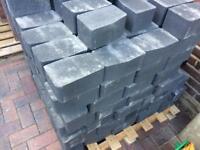 Marshalls keycurb large charcoal 200mm x100mm x 127mm