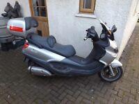Piaggio x9 500cc. new mot, heated grips
