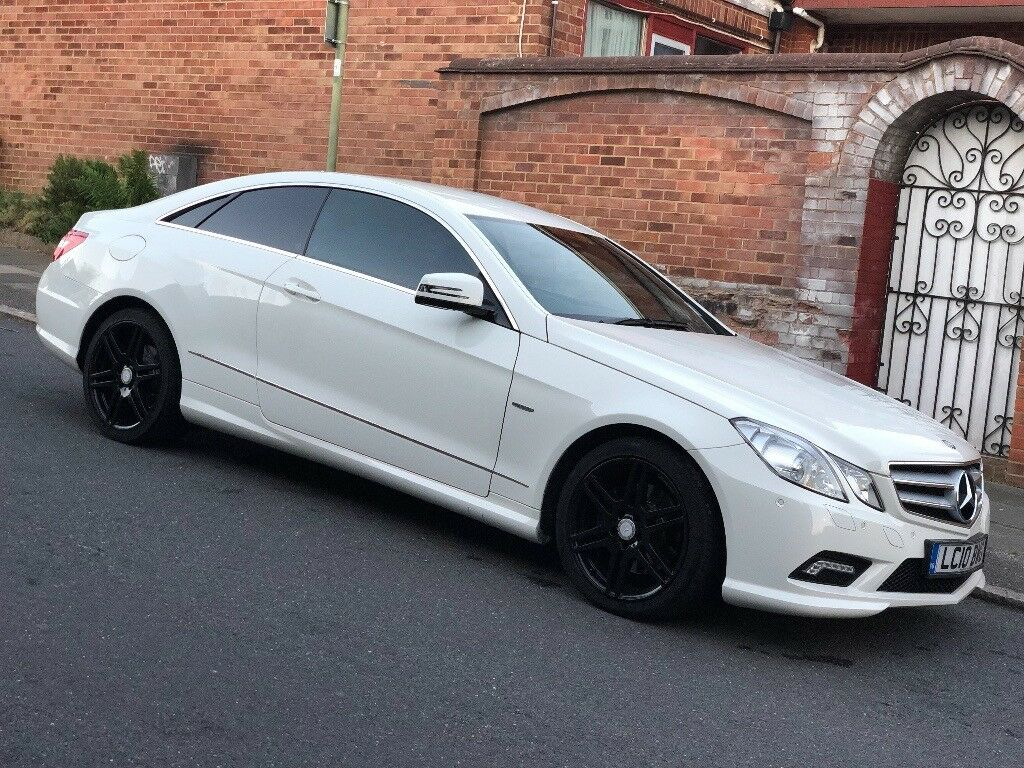 Mercedes-Benz E350 Bluef-cy Sport Cdi AMG 2010 Very Low Mileage White   in  Enfield, London   Gumtree
