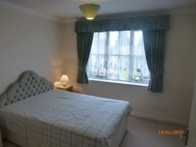 Abingdon, 2 bedroom Furnished House with garden & parking for 2 cars £900 month excluding bills