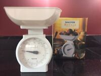 NEW SALTER ROYALE KITCHEN SCALE (IN ORIGINAL PACKAGING)