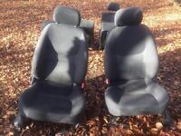 Freelander 1 black cloth seats (5door)