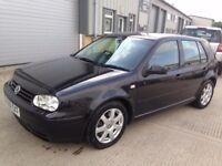 Volkswagen Golf Black 2001 ONE FORMER KEEPER with MOT - 5 door petrol