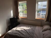 Unfurnished double room close to town