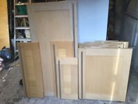 Solid ash shaker style kitchen doors (20) stainless steel handles