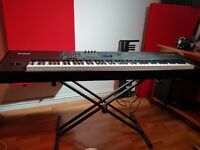 Yamaha S90XS 88 Note Professional Synthesiser - Almost Mint Condition