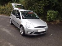IDEAL 1st 2nd CAR/ FORD FIESTA CLIMATE/LOW MILES ONLY 30000+ /HI SPEC/ALLOYS EASY TO DRIVE ...