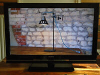 SONY BRAVIA 32inchFULL HD LCD,USB MEDIA ,FREEVIEW,FREE DELIVERY CENTRAL GLASGOW